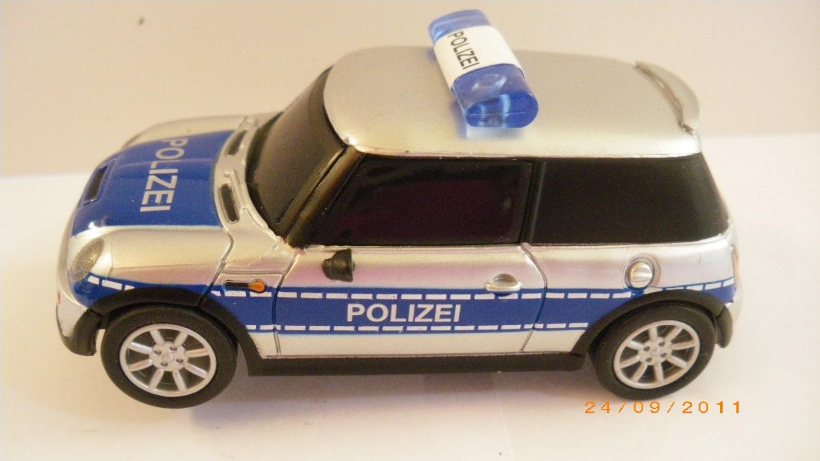 coches de policia de slot carrera go 1 43. Black Bedroom Furniture Sets. Home Design Ideas
