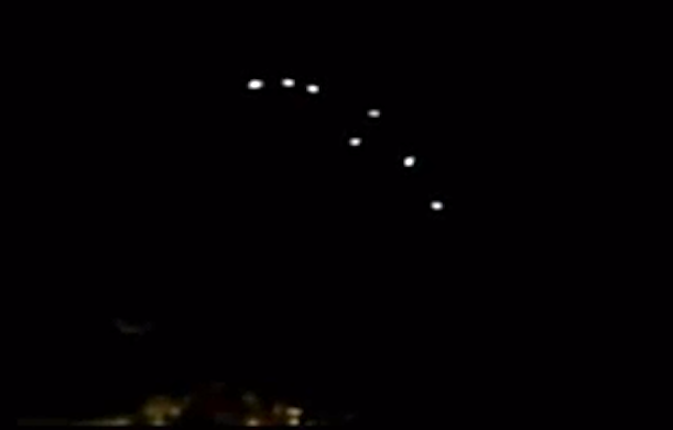 UFO Sighting Spotted At Night Above Florida, UFO Sighting News