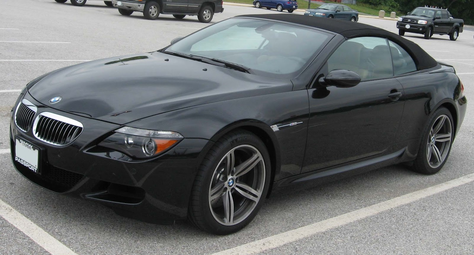 sport cars  bmw m6 2012 nice car
