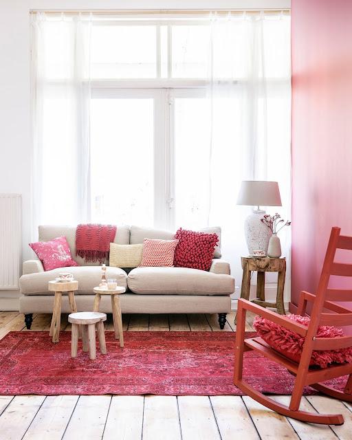 Inspirație în roșu de la stilista Kim Timmerman