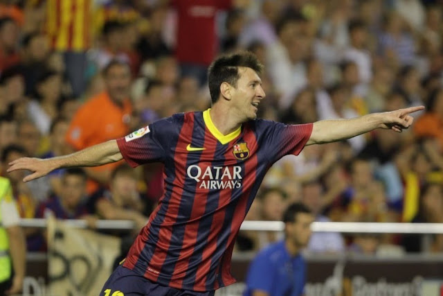 Messi celebrating against Valencia