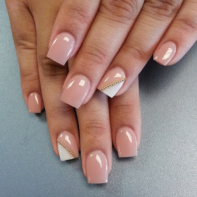 Nails art - Unhas de gel em tons nude, unhas decorativas