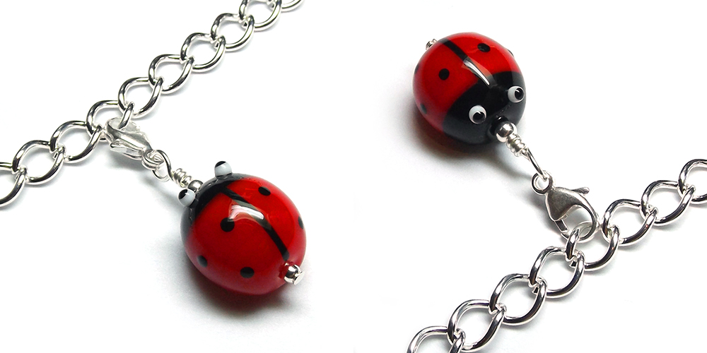 Lampwork glass ladybird (ladybug) bead charm by Laura Sparling