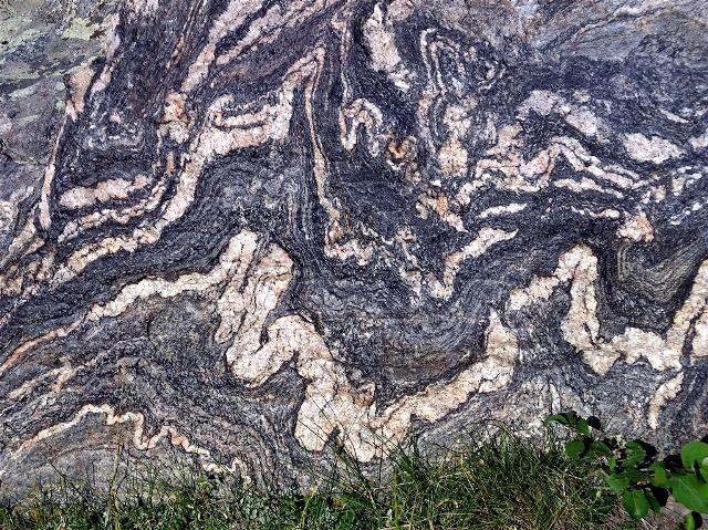 Colorado Earth Science: Migmatites:A Mixture of Igneous ...