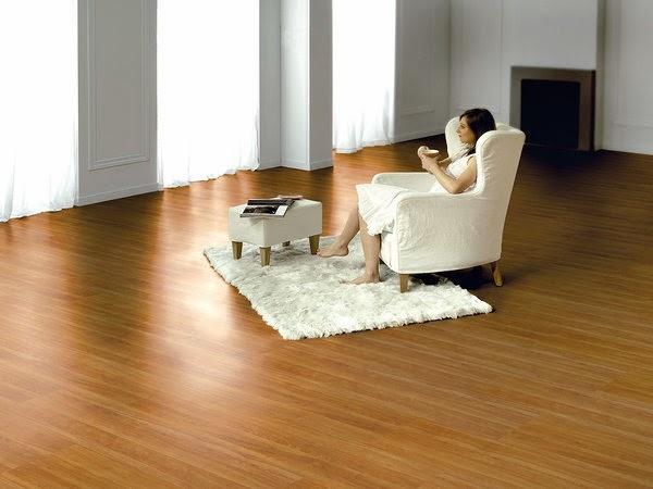 Instalamos suelos laminados carpinteros en vitoria for Muebles laminados