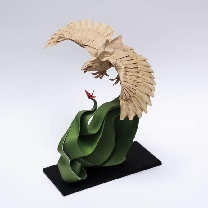 origami burung helang
