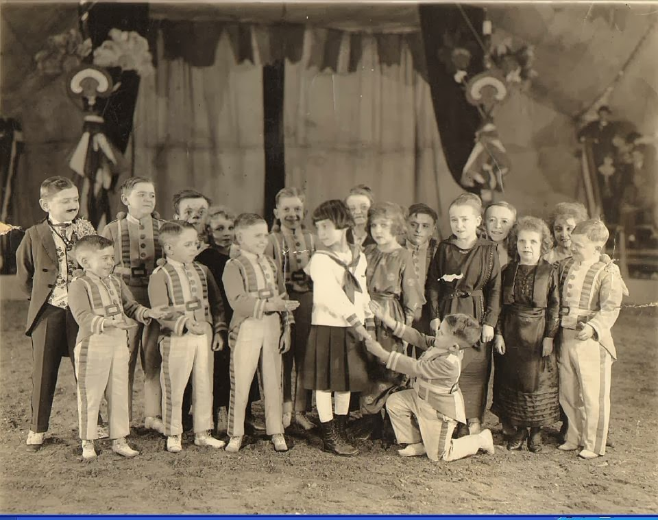 Zauberer von Oz Midget Wranglers