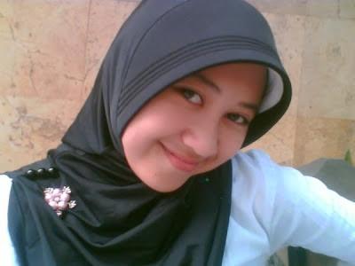 Foto Cewek Cantik Terbaru 2012