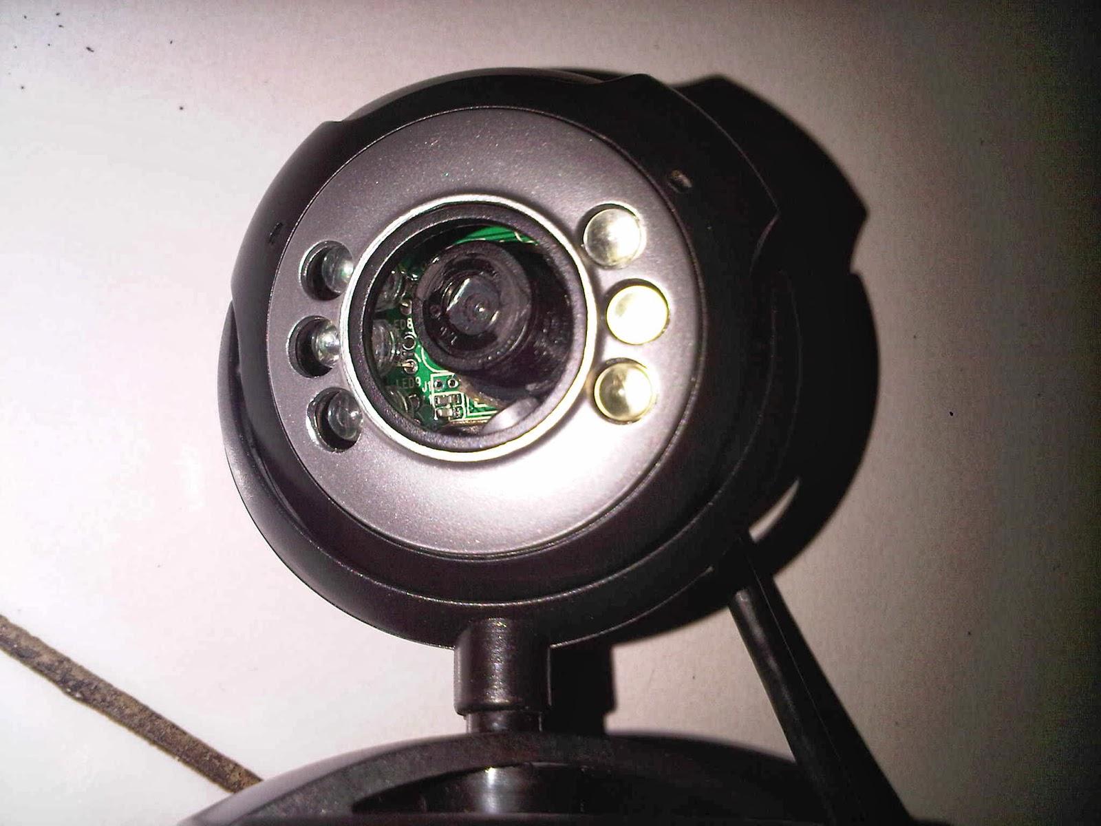 Blog sederhana ku 23 : cara membuat mikroskop dari webcam