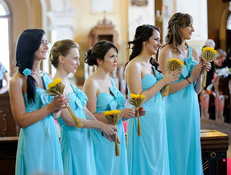 mėtinės pamergių suknelės