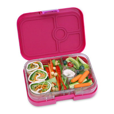 Stick to your resolution for eating healthy with a Yumbox lunch | Anyonita-nibbles.co.uk