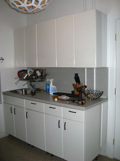Painting kitchen countertops kitchen ideas for Can you paint formica kitchen cabinets