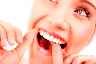 Gigi Putih bersih