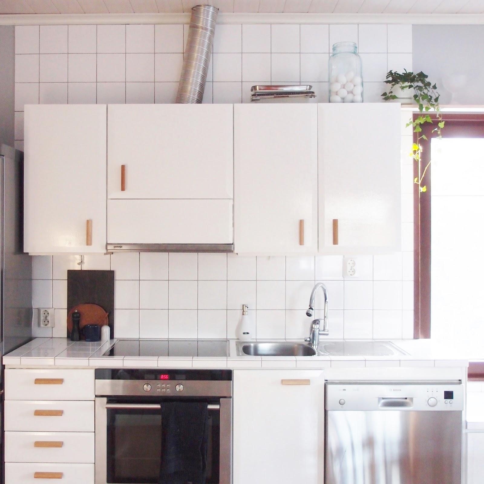Keskeneräinen Pienen budjetin keittiöremontti
