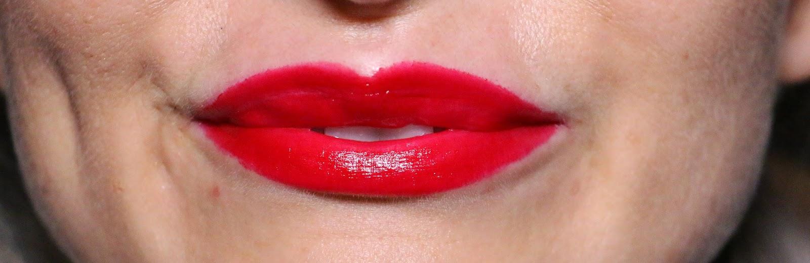 avon - avon indulgence ruj - lipstick - makyaj blogları - kozmetik blogları - lipbalm - nem sağlayan ruj - avon rujları - makyaj uygulaması