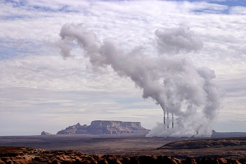 The Navajo Power Plant near Page, Ariz. (Credit: Troy Snow/flickr) Click to enlarge.