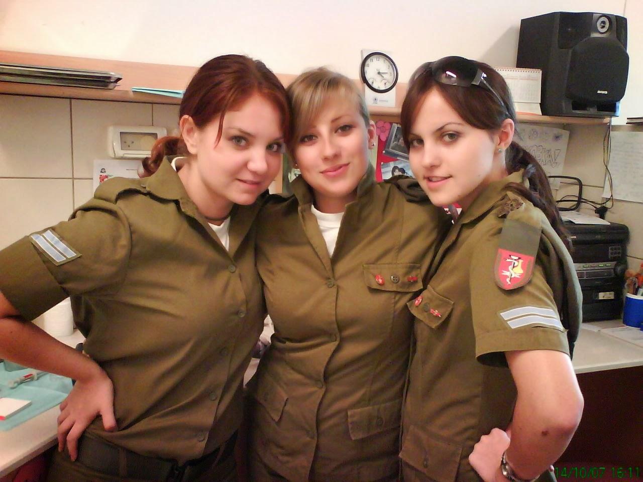 Фото военных еврейских девушек