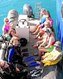 SCUBA SCOOP/latest dive stories: Women and Diving