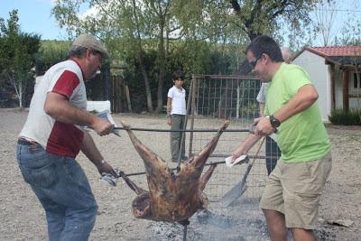 Asado argentino en Camping La Lomilla, Jérez del Marquesado