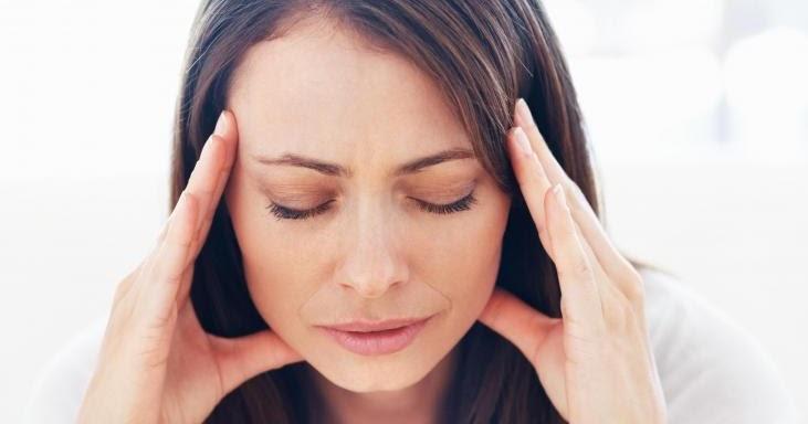 Почему болит голова когда резко встаешь