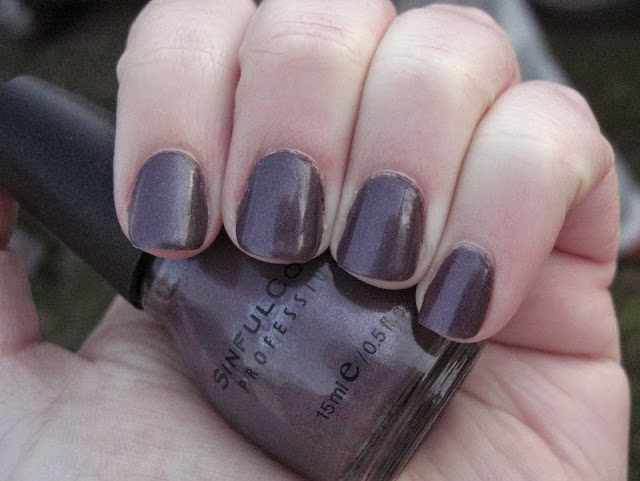 Sinful Colors Winterberry