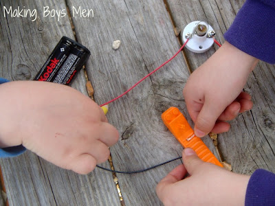 testing conductivity simple circuits for kids