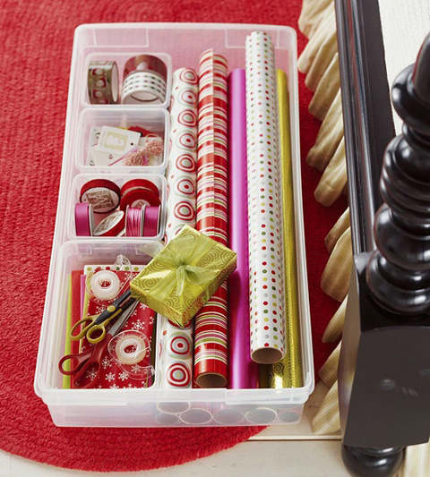 iheart organizing my favorite christmas organizing ideas. Black Bedroom Furniture Sets. Home Design Ideas