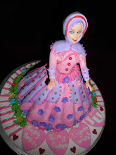 MUSLIMAH BARBIE DOLL CAKE