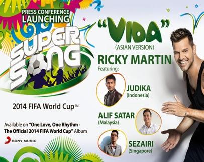 "Kolaborasi Ricky Martin Bersama Judika, Alif Satar, and Sezairi Dalam Lagu ""VIDA"""
