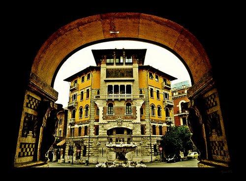Coppedè: Il quartiere delle Fate - visita guidata Roma 02/11/2013  h.11.00