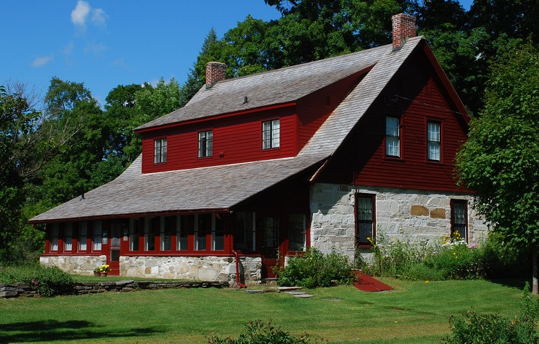 Robert Frost homestead in Vermont through the 1920s.