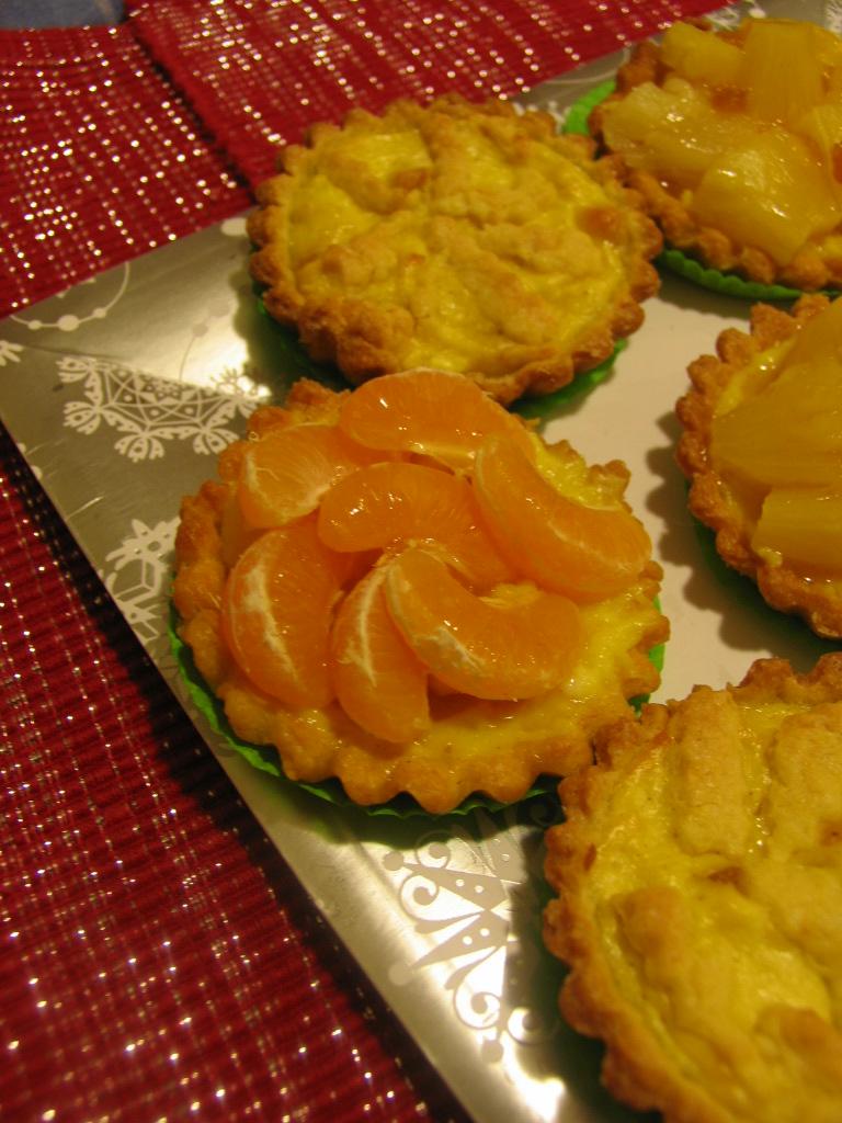 La magia di un piccolo orto tartellette con frutta e ricotta for Frutta con la o iniziale
