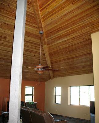 plafon rumah dengan kayu