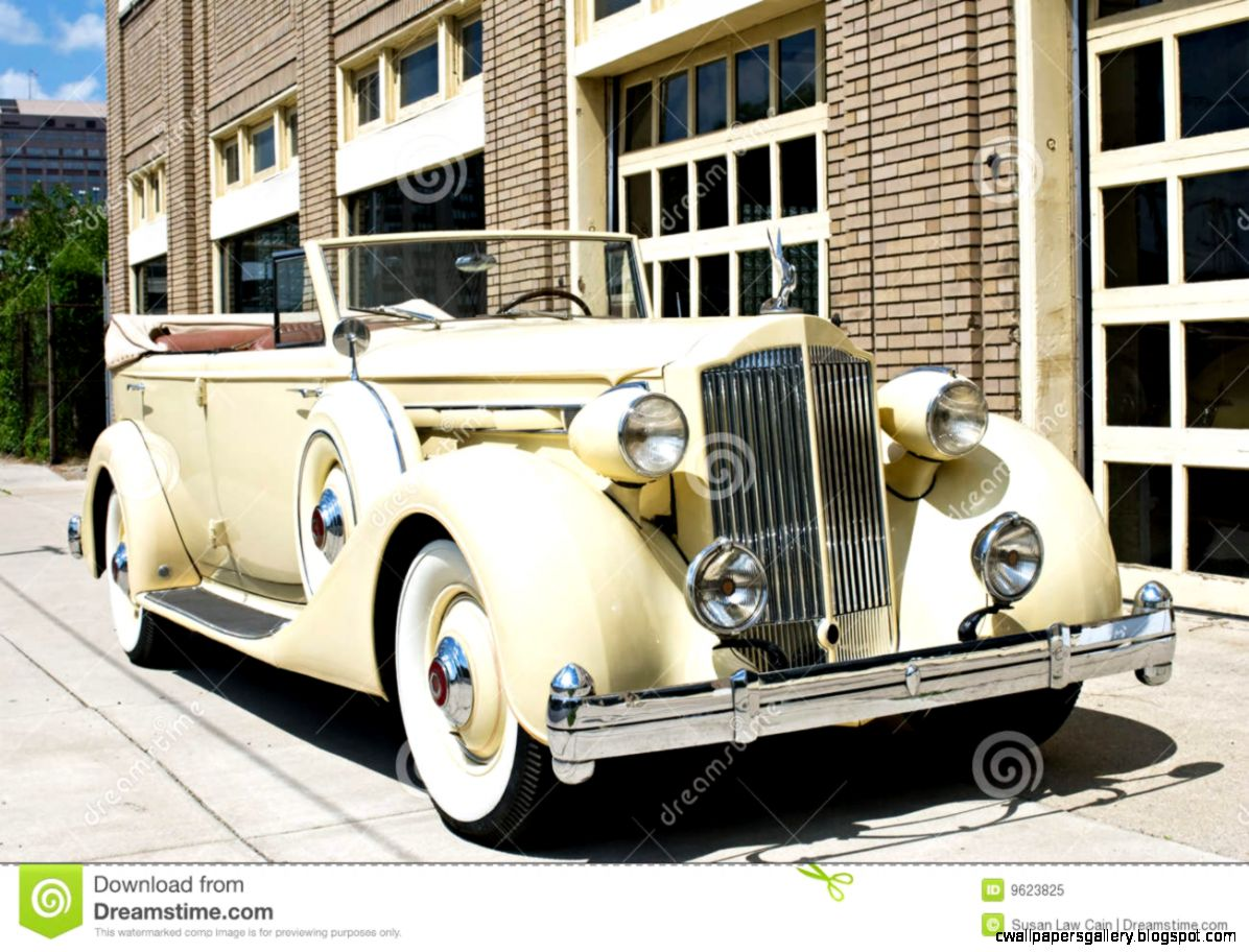 Luxury Vintage Car Royalty Free Stock Photo   Image 9623825