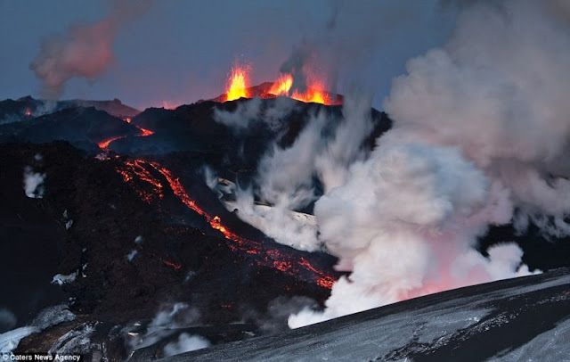 Majestic Volcanoes Upclose Pictures