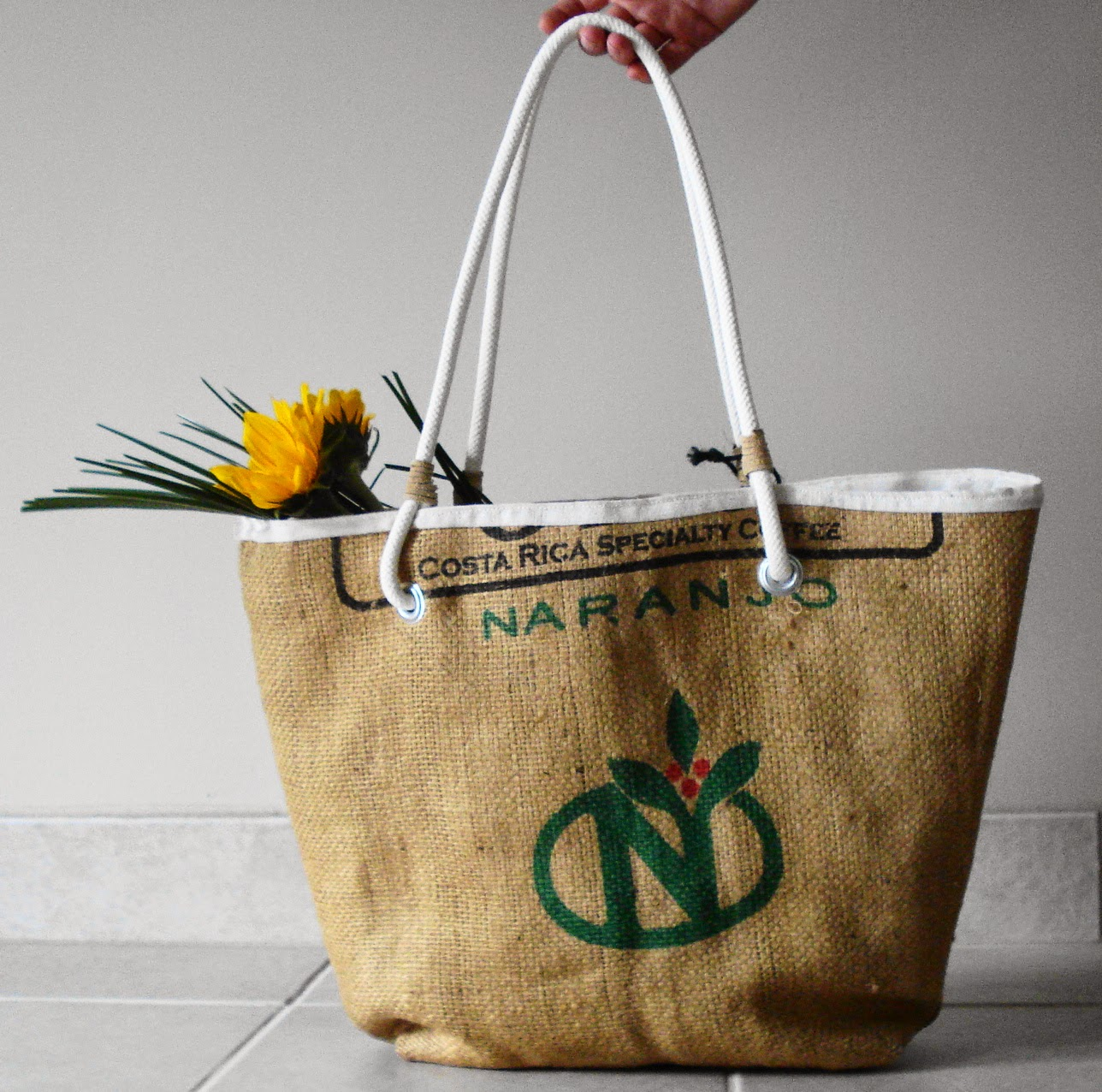 Costa Rica burlap beach bag - Lina and Vi - plymouth MI - linaaandvi.blogspot.com