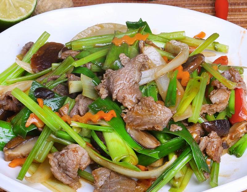 Cuisine vietnamienne boeuf saut aux oignons poivrons et - Cours de cuisine vietnamienne ...