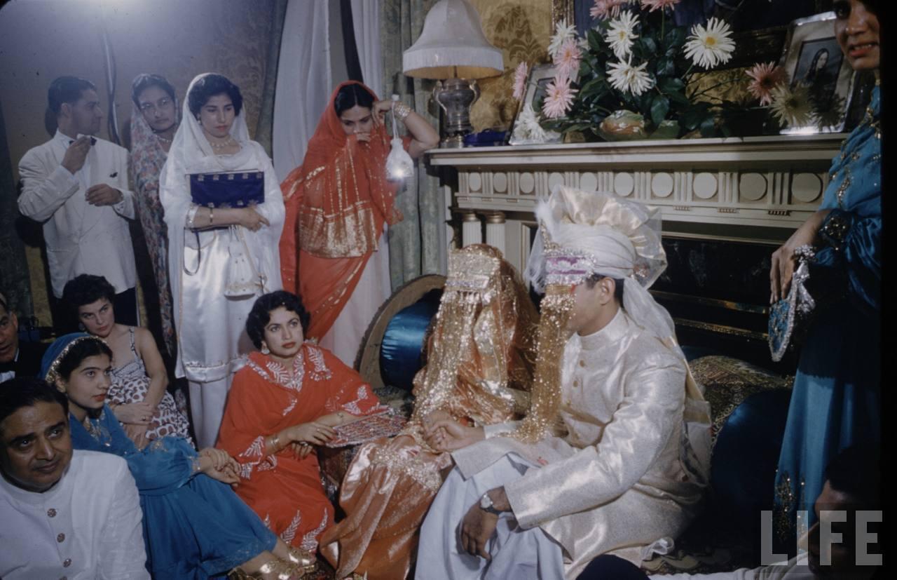 [Image: Wedding+Ceremony+of+Syed+Babar+Ali+at+Pa...1954+7.jpg]
