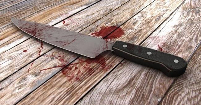 Λάρισα: «Έκοψα το κεφάλι της μάνας μου με το μαχαίρι που κόβουμε το κρέας. Εσείς, τώρα, πρέπει να με τιμωρήσετε; »
