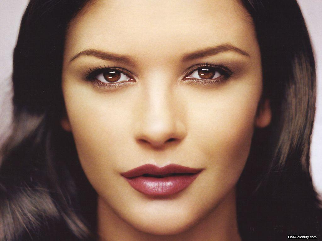Hot Pictures and Wallpapers: Catherine Zeta Jones wallpaper Catherine Zeta Jones