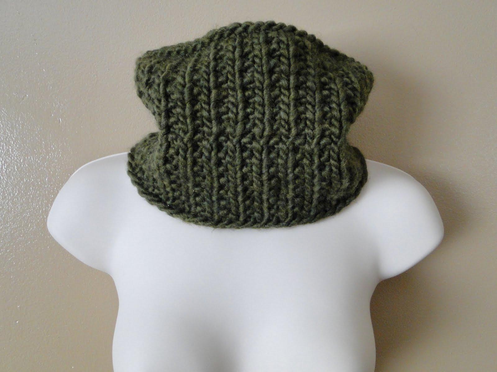 Circular Scarf Knit Pattern : Ruby Knits: Chunky Circular Scarf Pattern