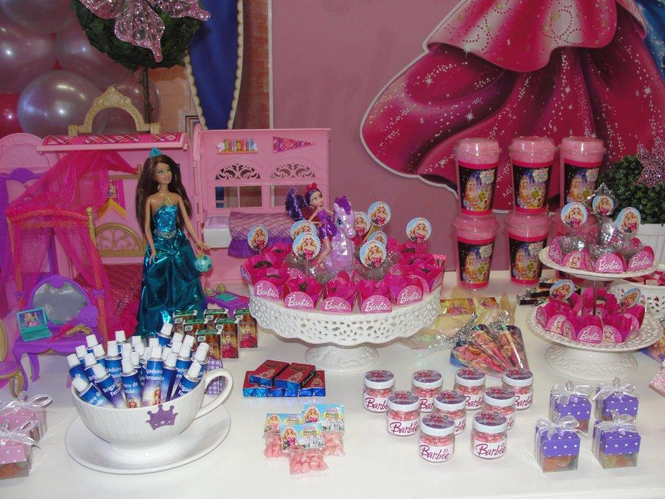 Anivers  Rio   Uma Festa Show   O Tema Barbie Escola De Princesas