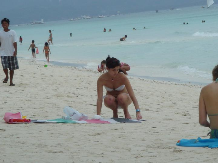 anne curtis stolen bikini shot in boracay 03