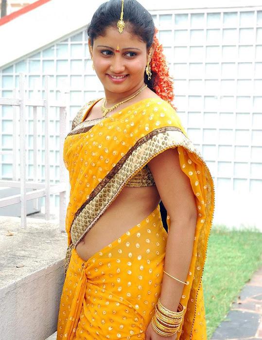 amrutha valli beautiful saree photo gallery