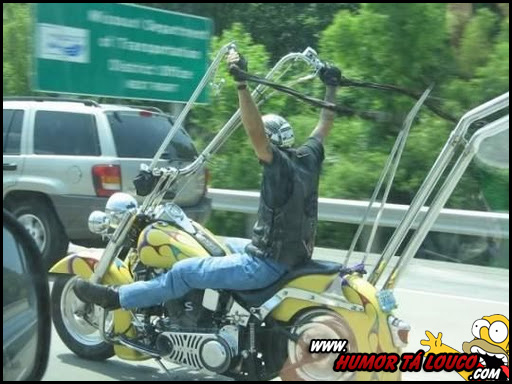 Você pode até andar de moto, mas nunca será tão foda...