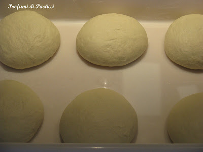 palline pizza al piatto