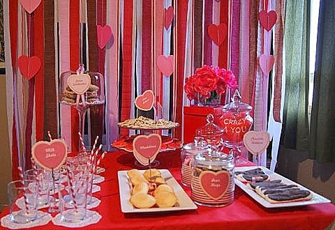 Milk and Cookies Valentine Day table