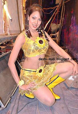 tamil actress hd wallpapers free downloads moon moon dutta
