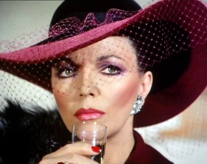 Illa Equitas  Joan Collins   Images Actress