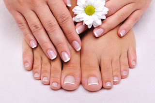 How to Whiten Skin Hands and Feet